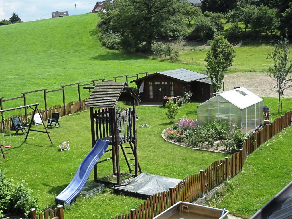Garten und Spielplatz Hof Bröckelmann